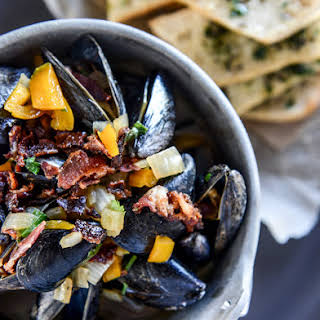 Honey Beer Steamed Mussels with Herb Butter Baguettes.