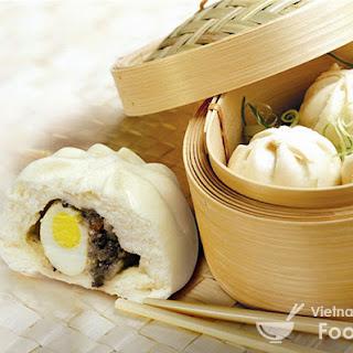 Vietnamese Chicken Steamed Buns (Bánh Bao)