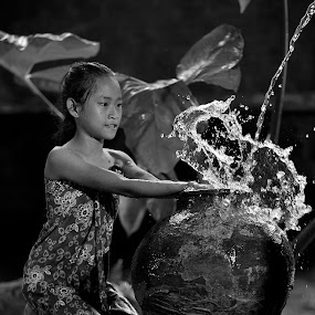 mandi  by Deny Satria - People Portraits of Women ( indonesian, girl, village, traditional )