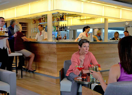Viking-Longship-Skybar - Unwind after a day of sightseeing and meet interesting new people in the Sky Bar of your Viking River Cruises ship.