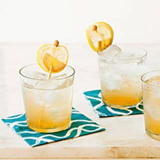 Ginger-Bourbon Fizz.