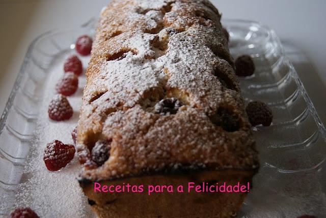 Raspberry and Coconut Cake / Bread Recipe