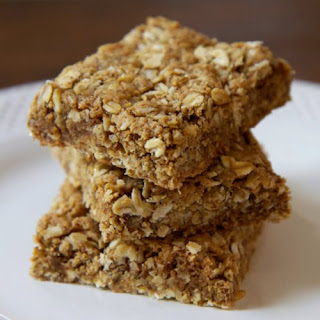 Gluten-Free Almond Oatmeal Protein Bars