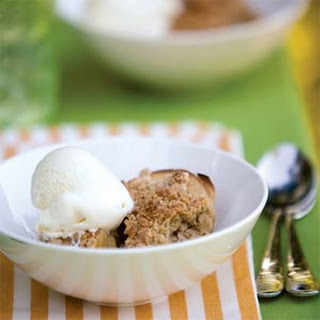 Grill-Baked Apple Crisp