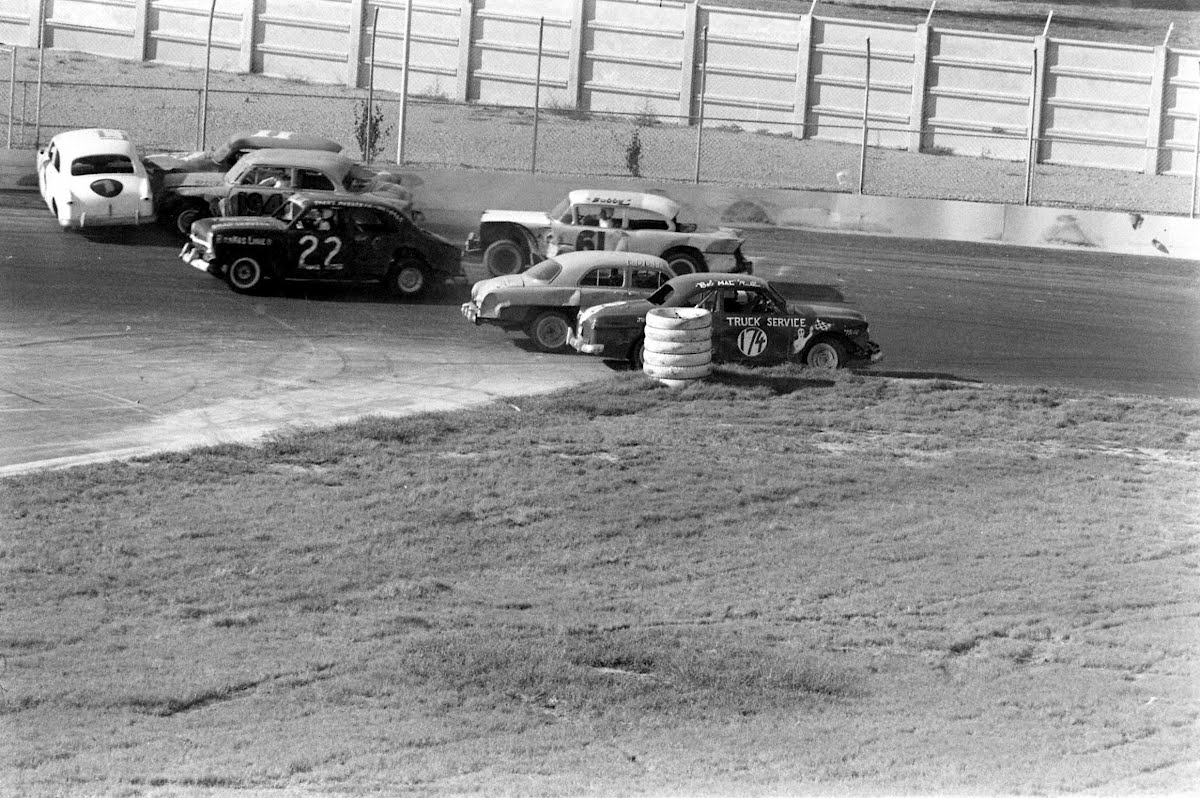 Figure 8 Auto Racing At Louisville, Ky.