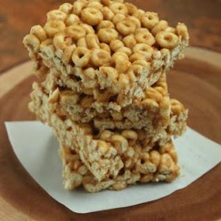 3 Ingredient Peanut Butter & Honey Cereal Bars.
