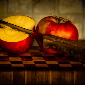 Apples by Earl Heister - Artistic Objects Still Life (  )