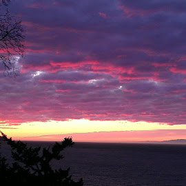 Sunset on the Salish Sea 8:02 8/30/12 by Gene Richardson - Instagram & Mobile Android (  )