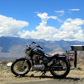 Motorcycle & The Mountains PRO