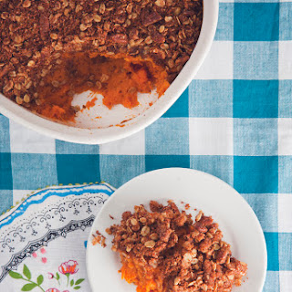 Make-Ahead Sweet Potato Casserole with Cinnamon Pecan Oat Crumble (Vegan).