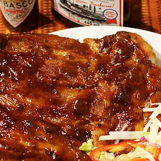 Pork ribs with BBQ sauce. No need for a barbecue here.
