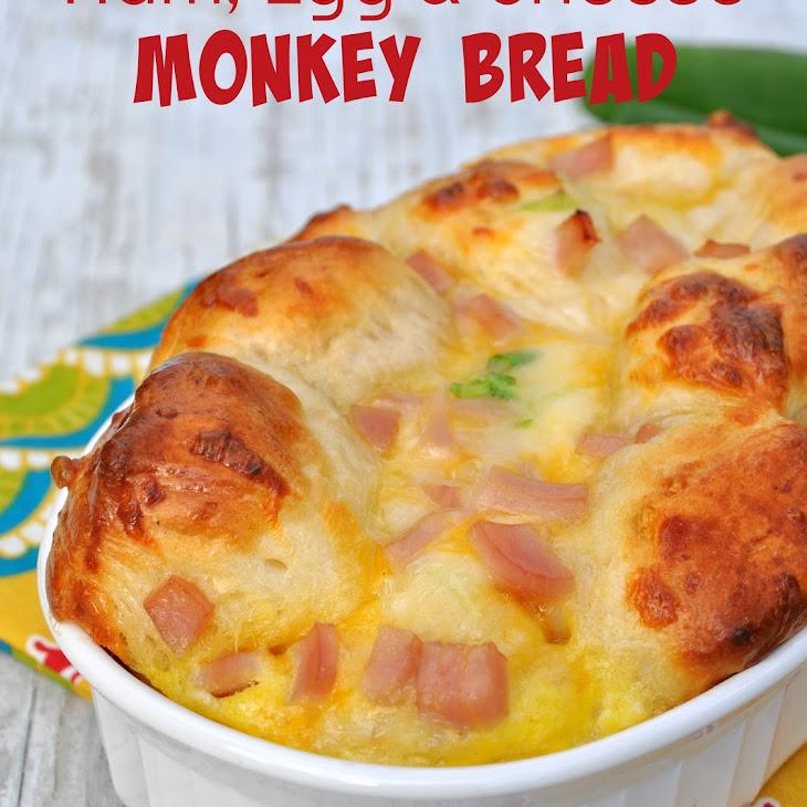 {Overnight} Ham, Egg, and Cheese Monkey Bread Recipe