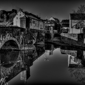 Old Bridge towards the castle by Simon Eastop - Black & White Landscapes ( water, reflection, pembrokeshire, castle, mono )