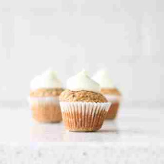 Baby Hummingbird Cupcakes