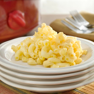 So Easy Slow Cooker Macaroni & Cheese.