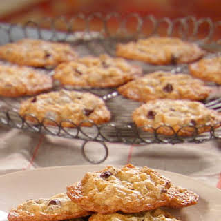 Oatmeal Chocolate Chip Cookie.