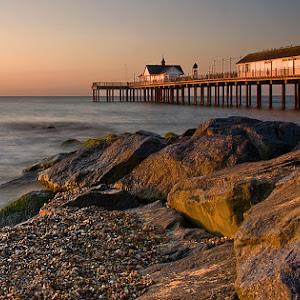 Sunrise Southwold Pier.jpg
