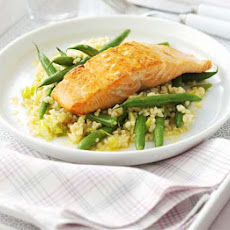 Resultado de imagen para Barbecue-Glazed Salmon with Green Beans & Corn