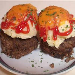 Meatloaf Muffins With Brown Gravy.
