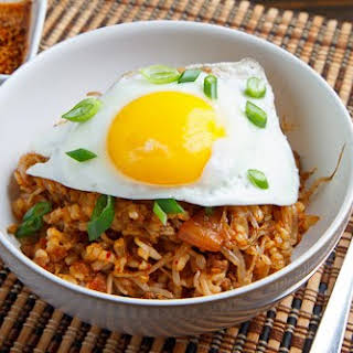Kongnamul Bap (Korean Beansprout Rice Bowl).