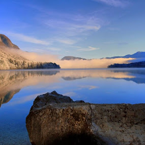 cold morning on the lake by Anže Papler - Landscapes Waterscapes