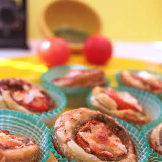 Tomato and Pesto Appetizers.