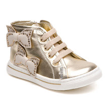 Step2wo FRILL-EMBELLISHED BOW TRAINER BOOT