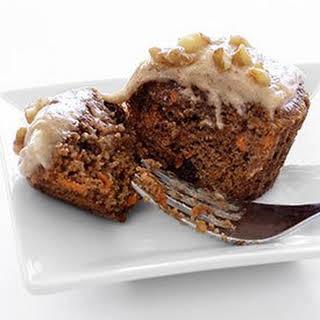 Carrot Cake Cupcakes w/Cinnamon-Vanilla Frosting.