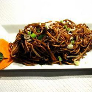 Chinese Noodles With Vegetables And Minced Beef.