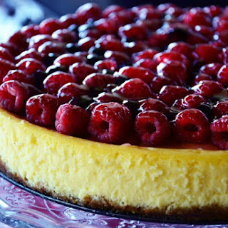 New York Cheesecake with Raspberries