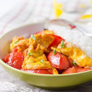 Classic Tomato and Egg Stir-Fry (西红柿炒鸡蛋).