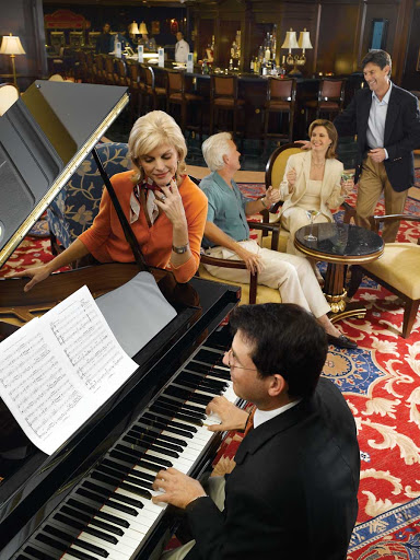 Oceania-Martinis-2 - You'll enjoy listening to live piano with a cocktail in hand in Martinis on board Oceania Regatta.