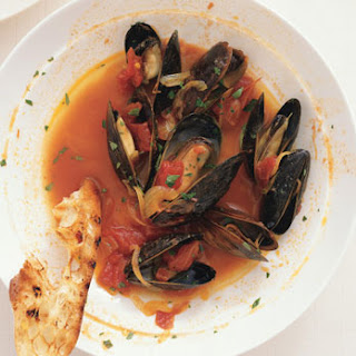 Mussels with Sherry, Saffron, and Paprika