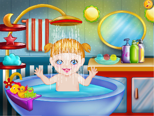 婴儿沐浴女孩子的游戏