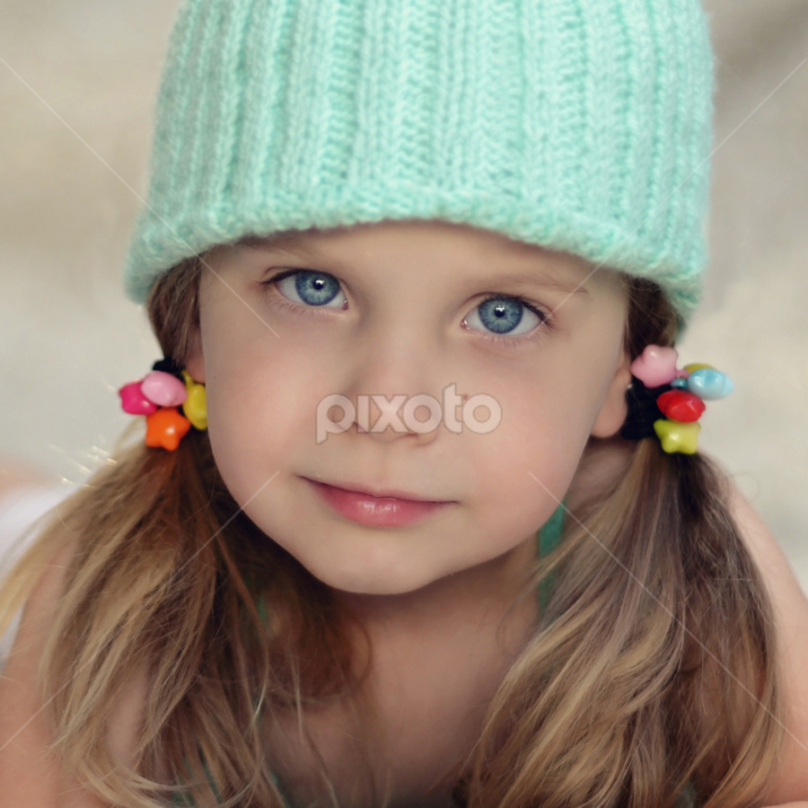Girly girl by Lucia STA - Babies & Children Child Portraits