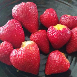 Strawberry Mango Bites (clean Eats/vegan).