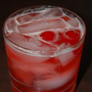 Sweet Manhattan Fizz Cocktail.