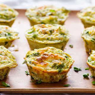 Healthy Breakfast Quinoa and Broccoli Egg Muffins.