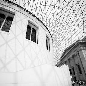 British Museum by Christine Schmidt - Black & White Buildings & Architecture ( london, british museum, architecture, leica )