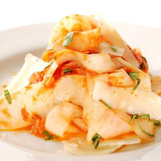 Daikon Fettucine with Tomato-Basil Sauce