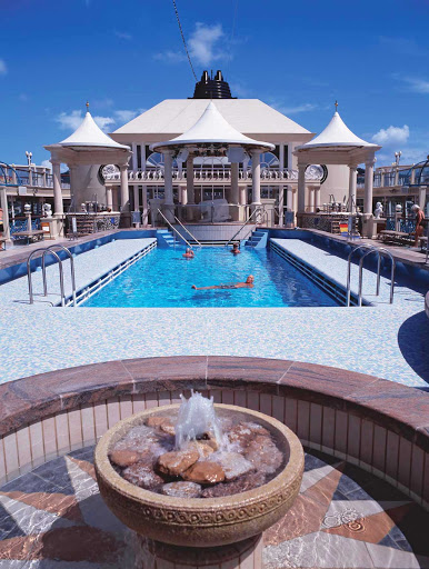 Have some fun in the sun when you visit Norwegian Spirit's Tivoli Pool, located on deck 12. Pool, deck chairs, hot tubs and sun beds included.