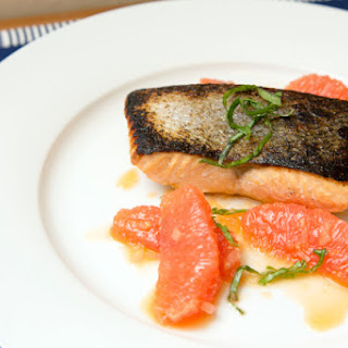Seared Salmon with Shallot-Grapefruit Sauce (Adapted from Fine Cooking)