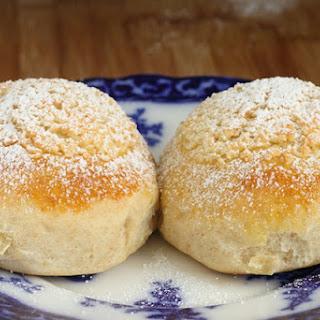 Pão de Deus – Sweet Rolls