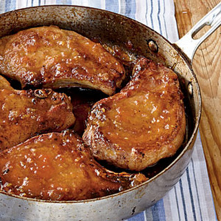 Pan-Roasted Pork Chops with Apricot-Ginger Glaze