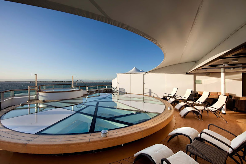 Yearning for a best-in-class whirlpool? Head to the Spa Terrace.