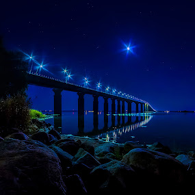The Bridge by Jörgen Tannerstedt - Buildings & Architecture Bridges & Suspended Structures ( water, sweden, moon, kalmar, stars, ocean, night, bridge, öland )