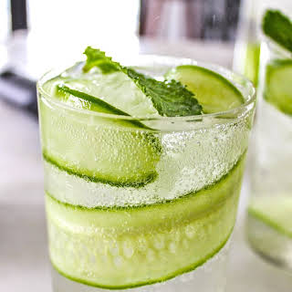 Dry Cucumber Cooler Cocktail.