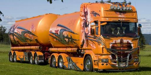 Big Trucks Live Wallpaper