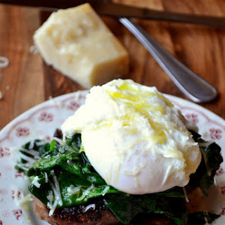 Poached Egg on Spinach Recipe