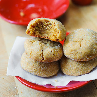 The Best (and Easy) Peanut Butter Cookies.